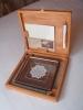 paška čipka, drvena kutija/Pag lace in a wooden box