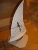 kamena jedrilica, gravirano/ Stone Sailboat With a Clock