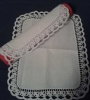bijeli tabletić s obrumom od čipke /White table runner with the lace