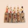 piće u boci s drvenom oblogom/ drinks in a bottle with carved wooden bark