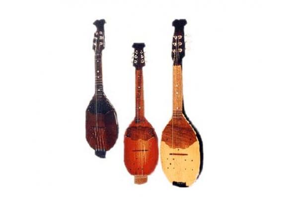 tamburice/ tamburitza