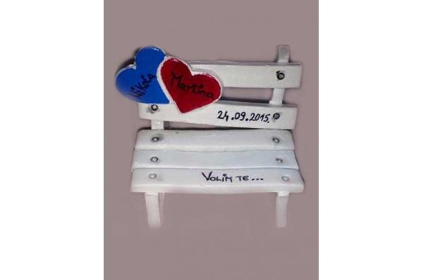 keramička klupica, konfeta / Ceramic bench, confetti