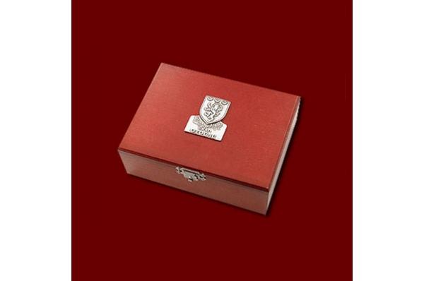 otvarač za pisma. drvena kutija /Metal letter opener, in a box