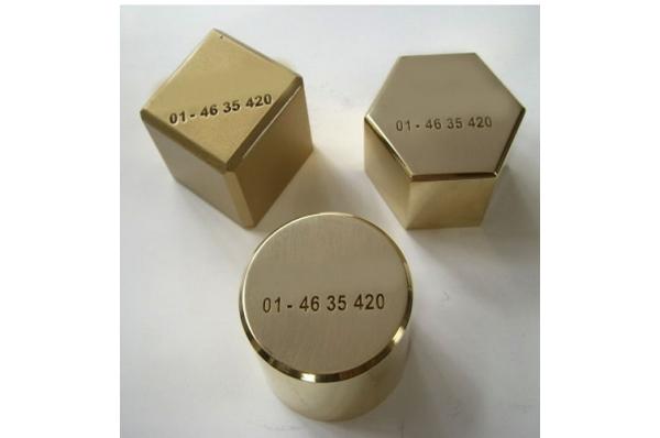 pritiskač papira, mesingani /Brass Paperweight