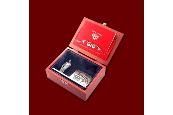 metalni držač vizitki u kutiji /Metal Business Card Holder in a box