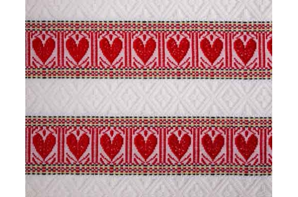 stolnjaci /nadstolnjaci crveno-bijela srca /  Tablecloths and Runners redand white field
