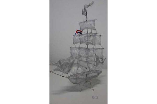 brod od žice, boja srebra /Wire  Sailboats