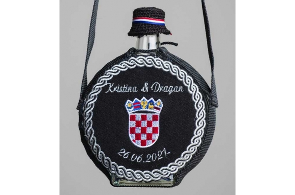 staklena čuturica-Zagreb, zlatovez / Glass čuturica -gold embroidery
