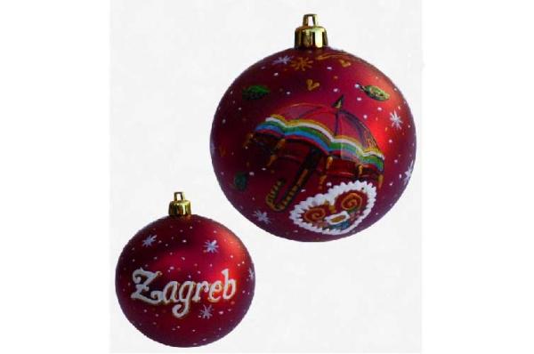 ukrasi za bor, plastične kuglice/ Christmas tree decorations, plastic balls