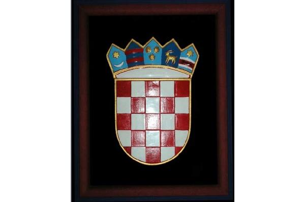 uokvireni karamički hrvatski grb / Framed Croatian Coat of Arms, ceramics