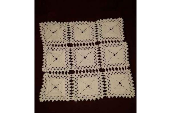 heklani tabletić, ručni rad / The table decoration, needlework