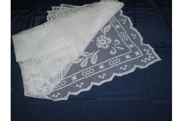 necani stolnjak, ručni rad /Tablecloth-necani , needlework
