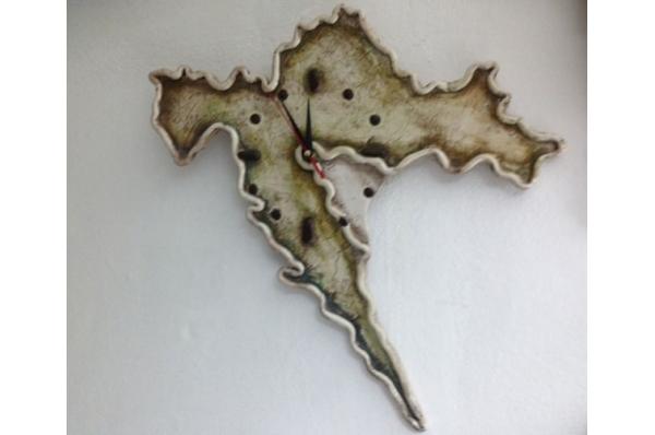 zidni sat-Hrvatska / Wall clock-Croatia, ceramics