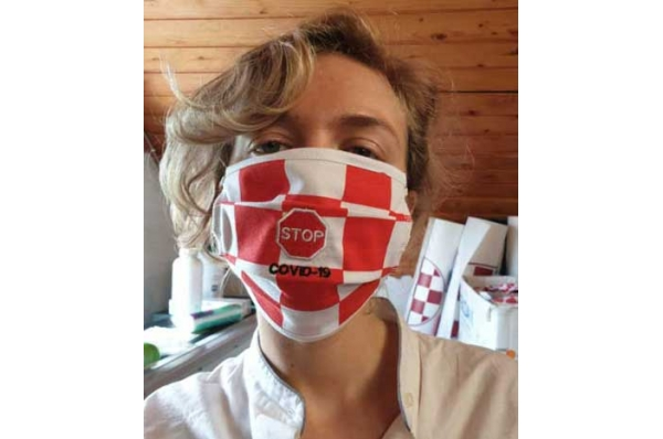 pamučne  maske /cotton mask red and white checkered