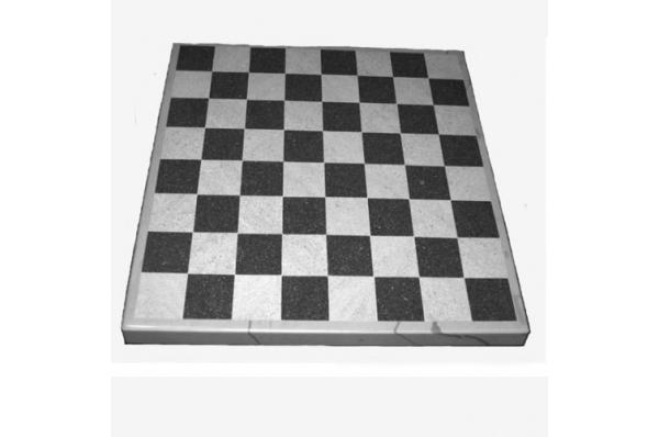 šahovska ploća / Chessboard