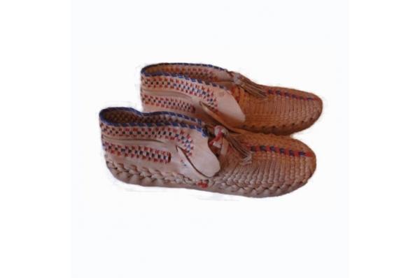 ženski šestinski opanci /Traditional footwear- Šestine opanci