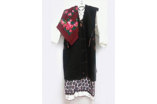 ramska ženska nošnja, komplet / Women's folk Costume (Rama area)