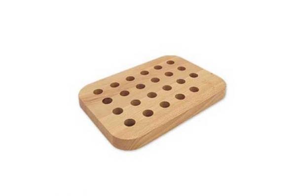 rupičasti podložak  32x24,2,6/28x20  / Wooden Cutting Board-  drilled wood                  x2,6cm