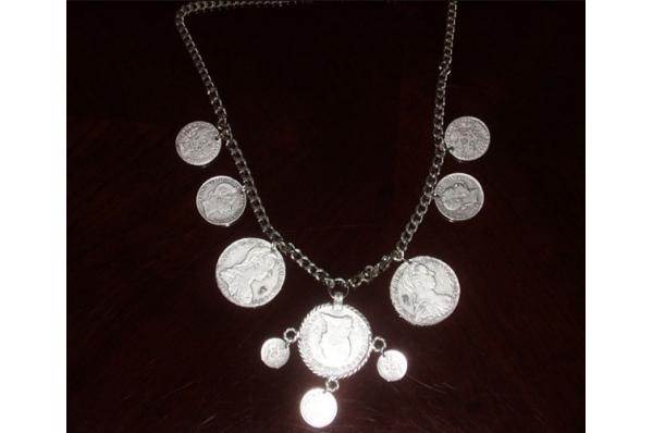 metalna ogrlica, škuderi /Metal Necklase -Škuderi