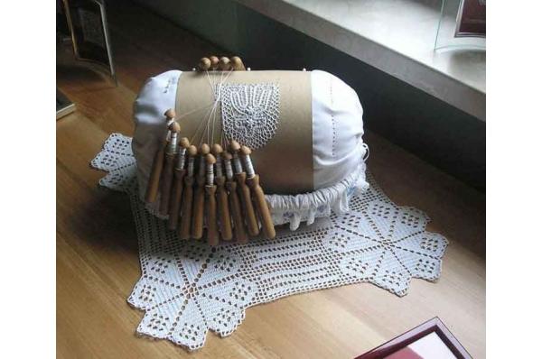 svetomsrska čipka, izrada / Svetomarska Lace