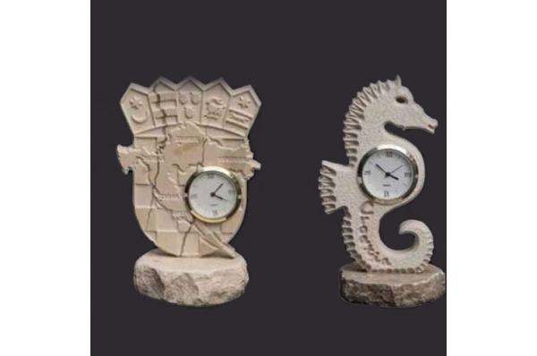 stolni satovi, brački kamen / A table clock, Brač stone