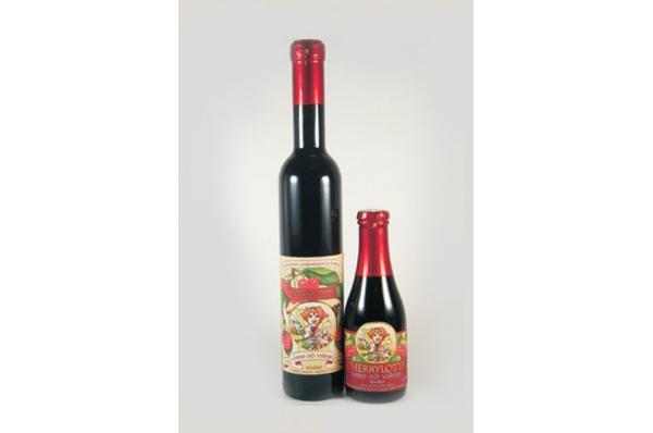 vino od višnje-CHERLYLOTTA / CHERLYLOTTA (cherry