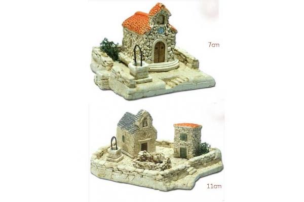 kapelica s podestom 7cm i 11 cm/ Chapels , miniatures 7cm/11cm