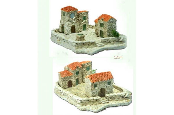 kućice s podestom minijature 12 cm /Stone houses, miniature 12cm